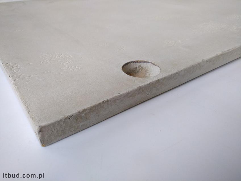 Przykładowe elementy drewnopochodne pokryte mikrocementem