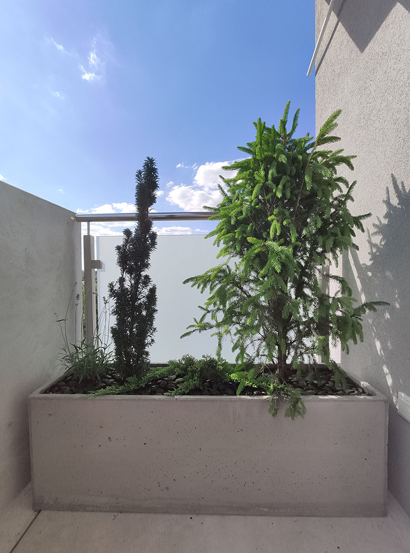Ozdobeton donica z betonu architektonicznego